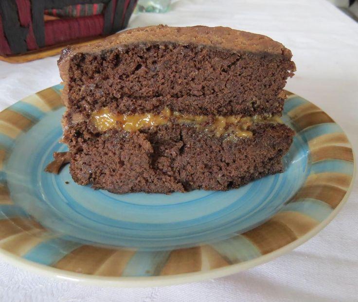Torta de chocolate y porotos negros SIN harina. Yo le puse 3/4 de azúcar en vez de una taza y el doble del cacao sugerido. Tambien herví los porotos en canela. Riquísima