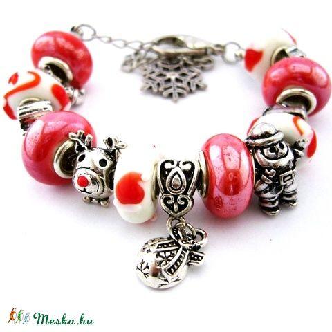 A Mikulás birodalma! - fehér és piros karkötő pandora stílusban rénszarvassal, Télapóval (ButterflyJew) - Meska.hu