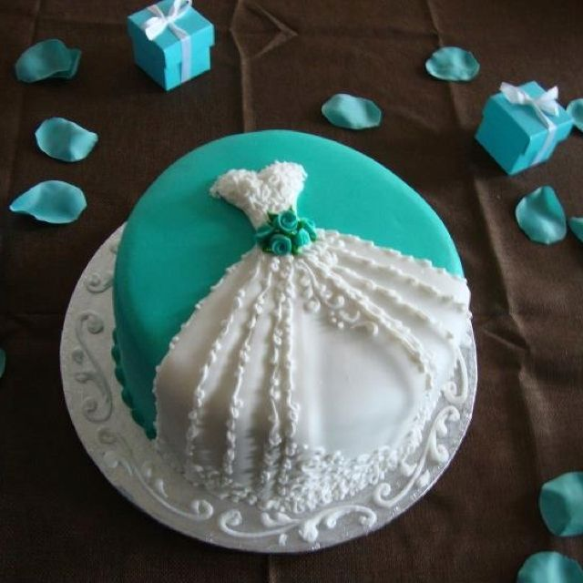 Cake Decorations For Wedding Shower : 17 Best ideas about Bridal Shower Cakes on Pinterest ...