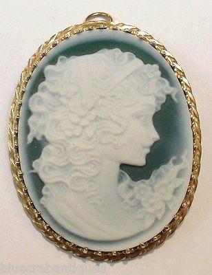 Vintage Estate Italian Large Green Agate 14k Yellow Gold Cameo Brooch Pendant