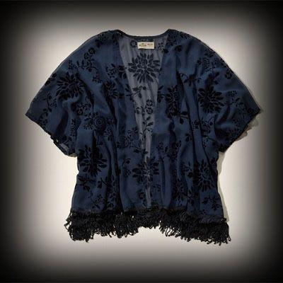 Hollister レディース Tシャツ  ホリスター Marina Park Kimono Top チュニックシャツ ★アバクロ姉妹ブランド!西海岸のサーフスタイルをベースに様々な入手困難なアイテムを展開!ホリスターHollister今季新作商品。 ★花柄デザインの着物風デザイン!他に無い個性的でオシャレなトップス。