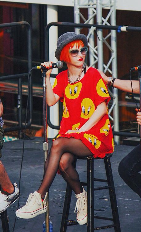 Hayley Williams influenced my style and attitude - Jane #rolemodel #converse # platform