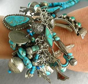 Fun bracelet using found bits and pieces..
