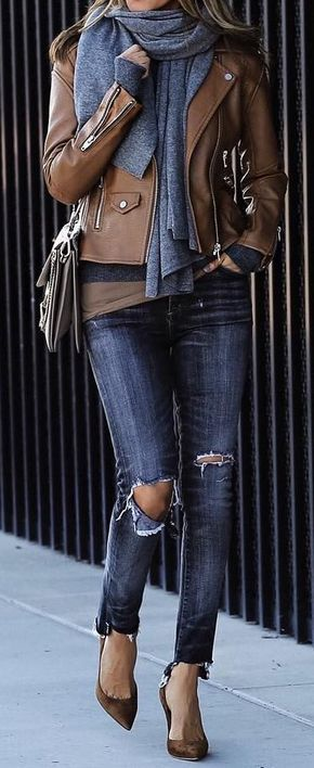 Grey Scarf // Destroyed Skinny Jeans // Pumps // Leather Jacket Source
