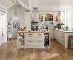 """Résultat de recherche d'images pour """"howdens kitchens"""""""