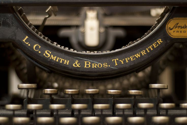 The Old Typewriter © 2011 Yngve Thoresen