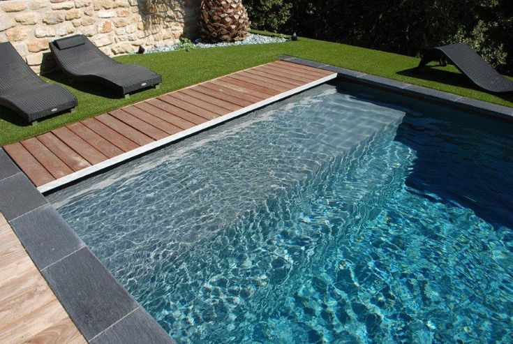 les 25 meilleures id es de la cat gorie liner piscine sur pinterest liner pour piscine liner. Black Bedroom Furniture Sets. Home Design Ideas