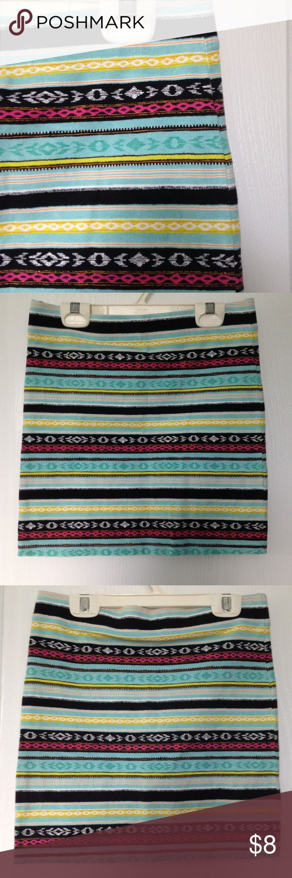 Aztec print skirt Aztec print body con skirt from Forever 21. Excellent condition, size medium. Forever 21 Skirts