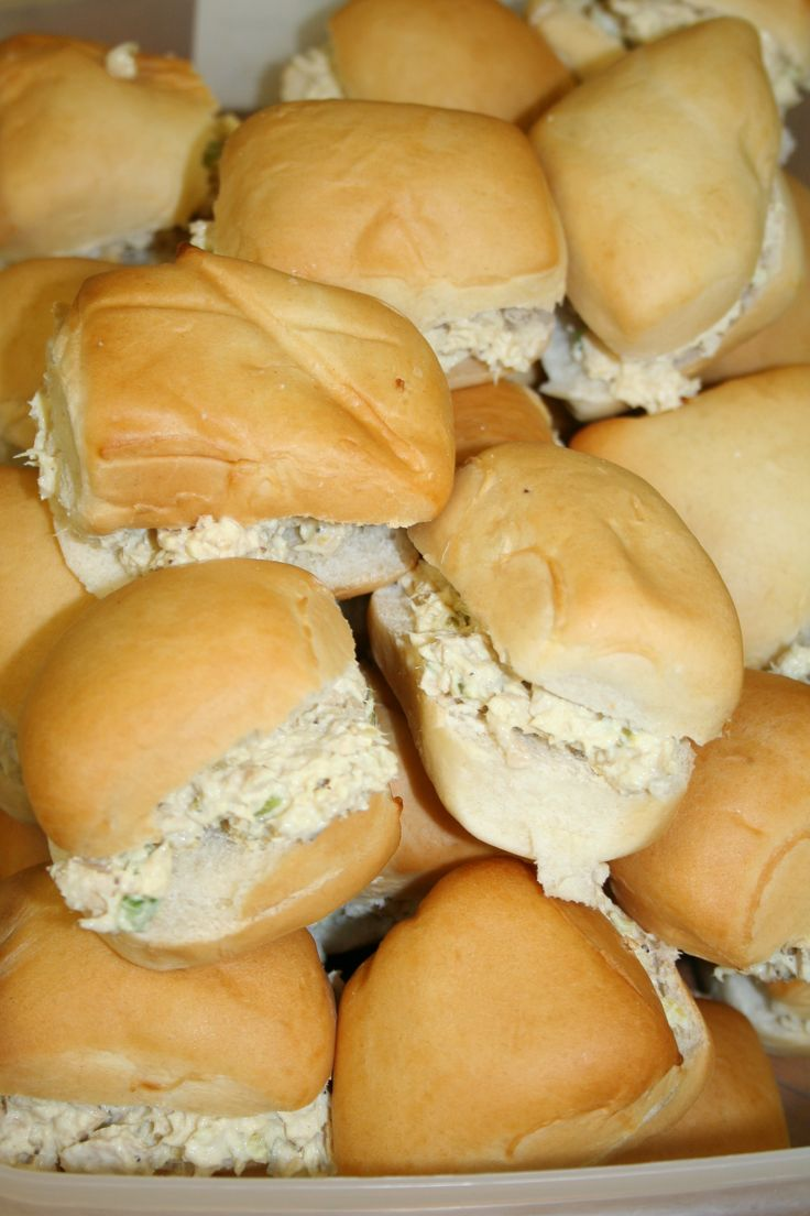 "EASY TUNA SALAD SANDWICHES: ~ From: ""Pink Tractor.Com"". ~ So many delicious sandwiches!"
