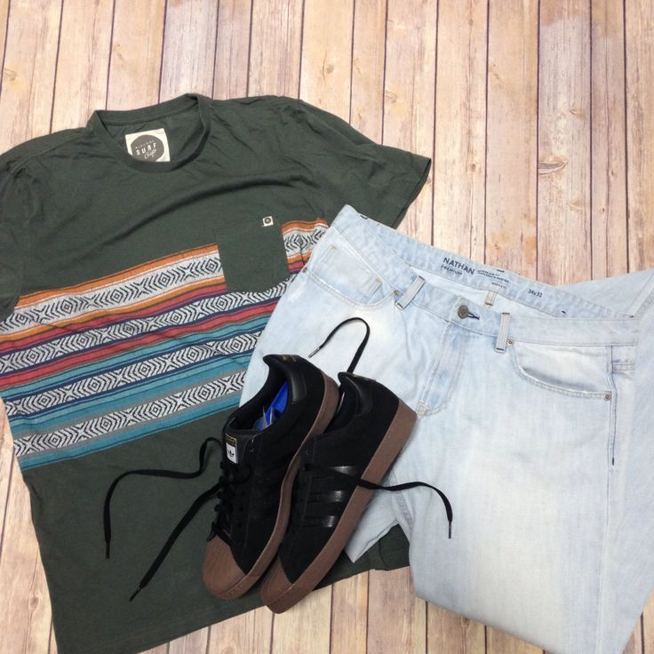 Hey guys! When was the last time you gave your style an overhaul? You know all the ladies love a guy who's put together! #PlatosClosetBarrie // #RipCurl Top, Size XL, $7 // #RWandCO Jeans, Size 34, $15 // #Adidas shoes, Size 10.5, $50 // www.platosclosetbarrie.com