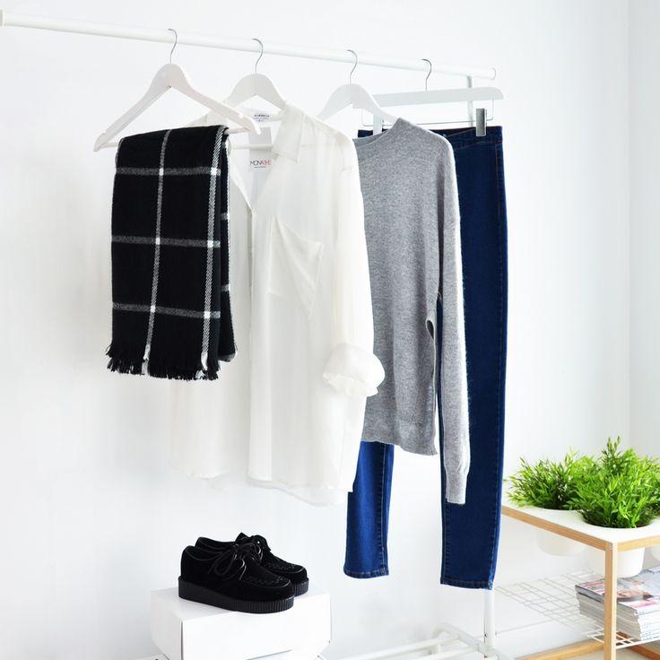 SCARF BLACK I WHITE SHIRT I  MONASHE.PL - Sklep online z modną odzieżą. Bluzki, sukienki, torebki, obuwie, akcesoria.