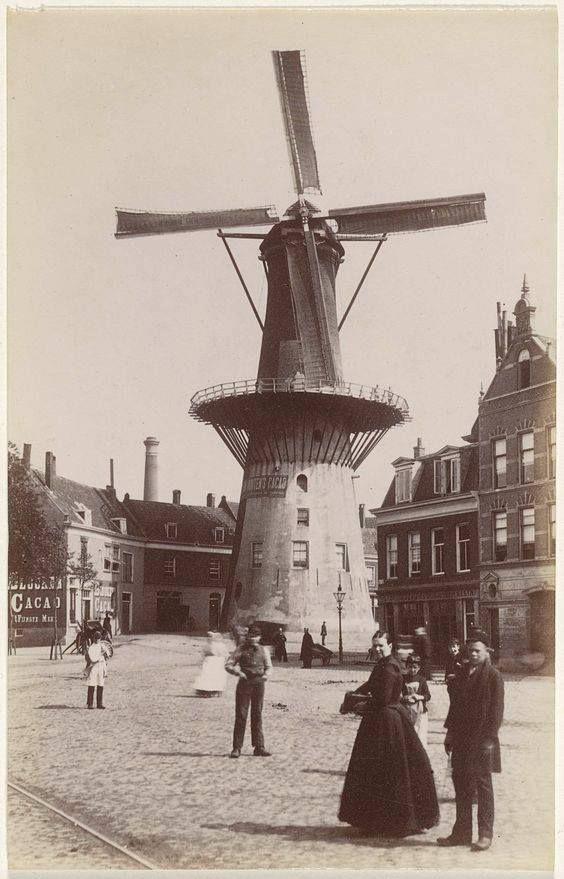 Rotterdam - Oostplein. Molen 'De Noord', gezien vanaf de Goudsche Singel. . 1885