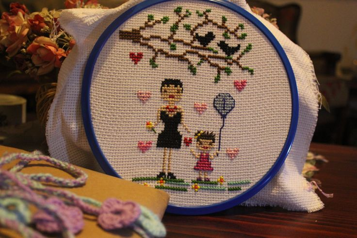 """cross stitch // """"anneler ve kızları"""" 1. yaş günü hediyesi"""