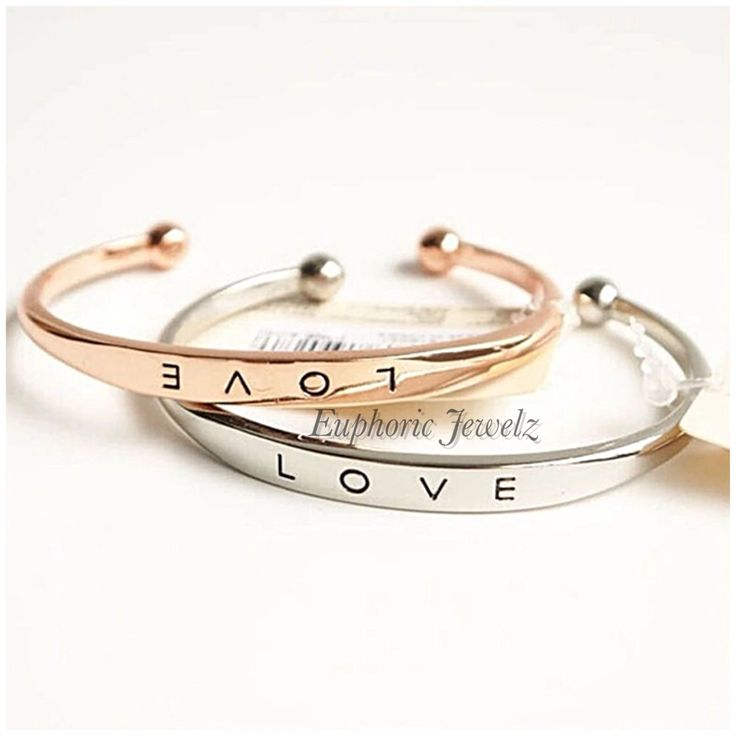 Item #: LC-NBLBB-G-116, LC-NBLBB-RG-116, LC-NBLBB-S-116 *LOVE COLLECTION* A minimalist yet, sleekishly chic 'LOVE' engraved gem. Shop this product here: http://spreesy.com/EuphoricJewelz/127 Shop all of our products at http://spreesy.com/EuphoricJewelz Item #: LC-NBLBB-G-116, LC-NBLBB-RG-116, LC-NBLBB-S-116