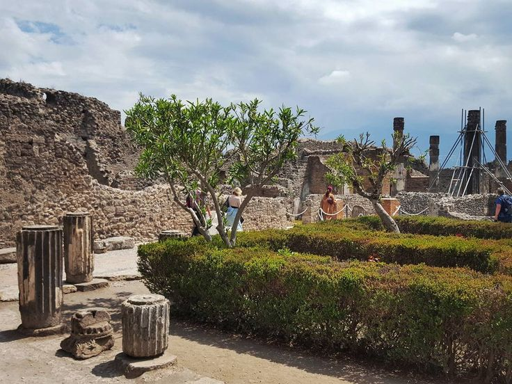 Ruins of Pompeii Italy  #pompeii #italy #travel #afternoon #ruin #clouds #torso #street #streetphotography #galaxys6