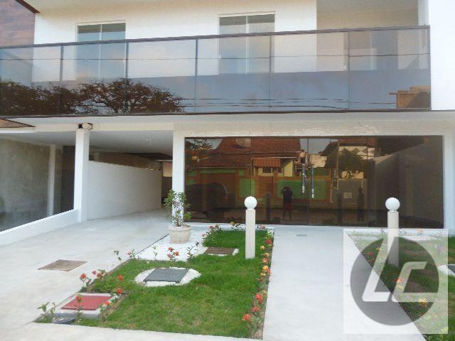 Apartamento para Venda, Araruama / RJ, bairro Vila Capri, 2 dormitórios, 1 suíte, 2 banheiros, 2 garagens