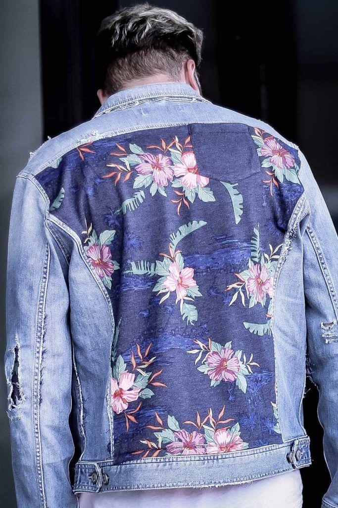 maennerblog, autoblog, streetstyle, Musikblog, print t-shirt, customized denim jacket, destroyed, jeans, sneakers, beatsanddogs.com
