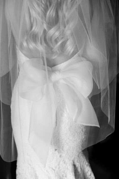 big bow wedding gown | Amanda Watson #wedding
