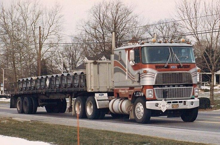 Ford W 9000 With Flatbed Cab Over Engine Trucks