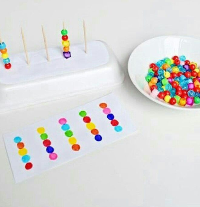 Age 3-4. M.6.10 Put things in order. M.6.18 Give reason of placement of objects.