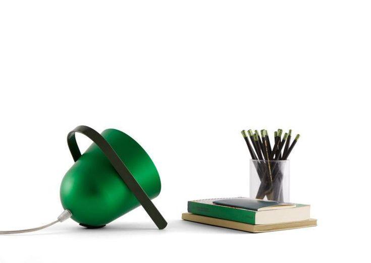Elmetta Smart Tischleuchte von Tommaso Caldera