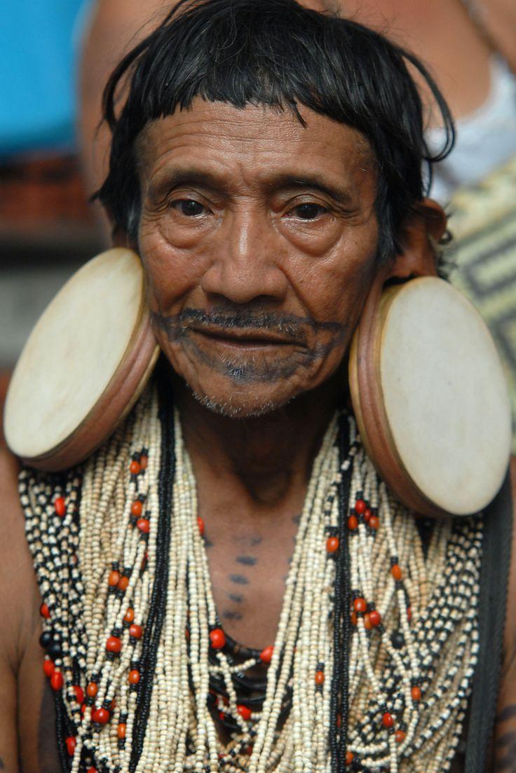 Mato Grosso region of Brazil   Rikbaktsa man with characteristic stretched ear lobes   © Agência Brasil