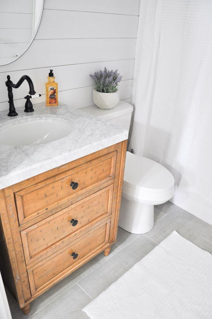 Best 25 Farmhouse Style Bathrooms Ideas On Pinterest