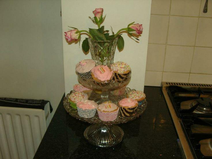 My Daughters homemade cupcakes <3
