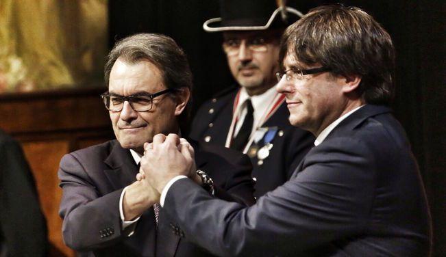 Puigdemont perfila lequip que formarà el seu pinyol al Palau de la Generalitat