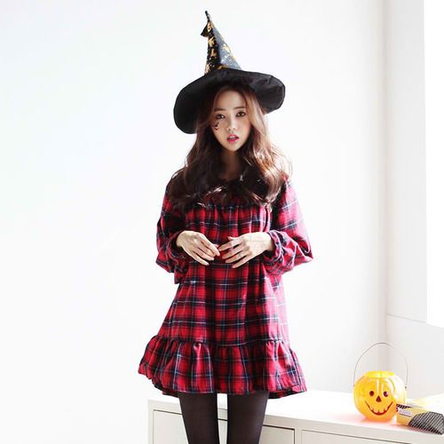 Not deceived Asian girl halloween have