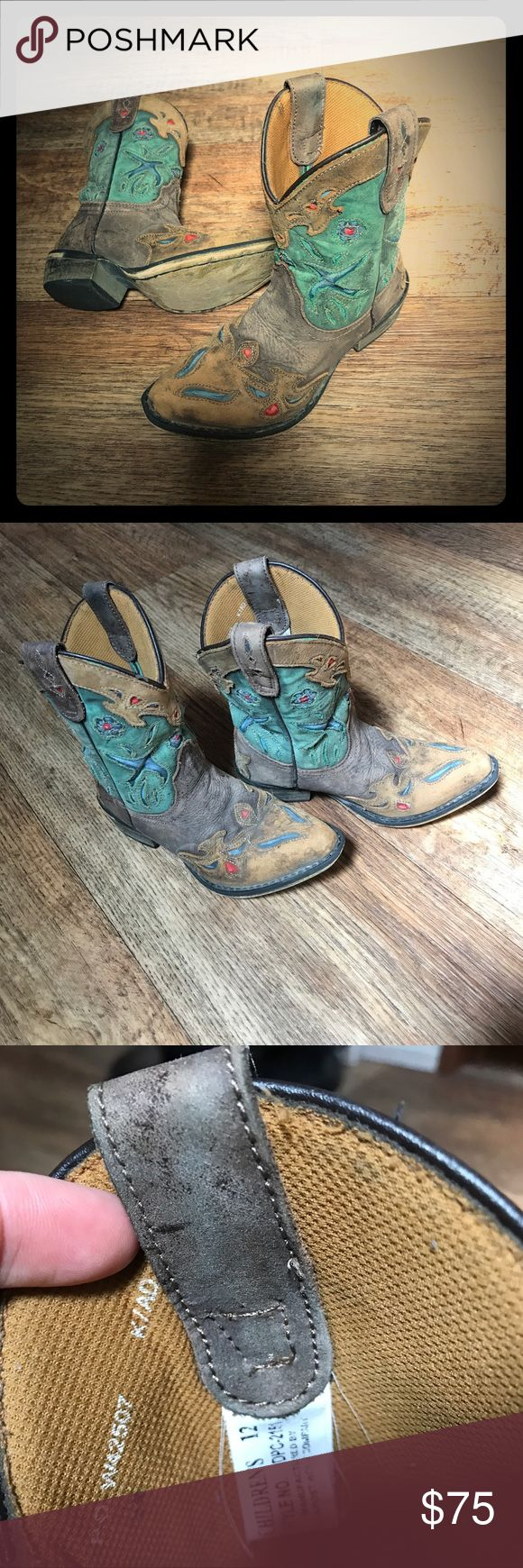 Dan post cow girl boots. Size 12 so cute 🐮 Danpost boot company size 12. Extremely good condition. Your little cow girl will love these. Pair them with her boot cut jeans or her daisy dukes. Perfect for her Rodeo. Dan Post Shoes Boots