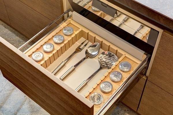 home acessories szafki kuchenne kuchnia kitchen cutlery architecture design furniture meble Manufaktura Wirchomski
