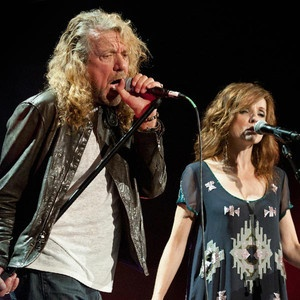 Rocker Robert Plant has wed Americana artist Patty Griffin. #examinercom