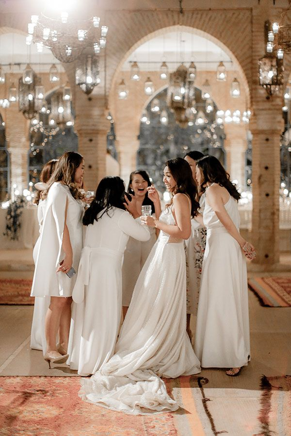 You Must See This Warm And All White Moroccan Wedding All White Wedding Black White Wedding Moroccan Wedding