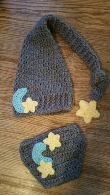 The moon and stars shine for you♡ crochet newborn outfit
