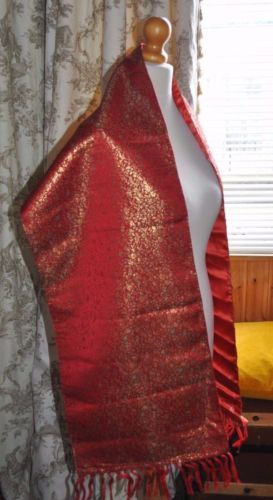 Vintage-Lebanese-Scarf-Shawl-Red-Silk-Satin-gold-amp-green-embroidery-Chinese