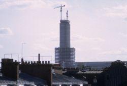 Construction de la tour Montparnasse. Paris (XVème arr.), mars 1972. Photographie de Gösta Wilander (1896-1982). Paris, musée Carnavalet.