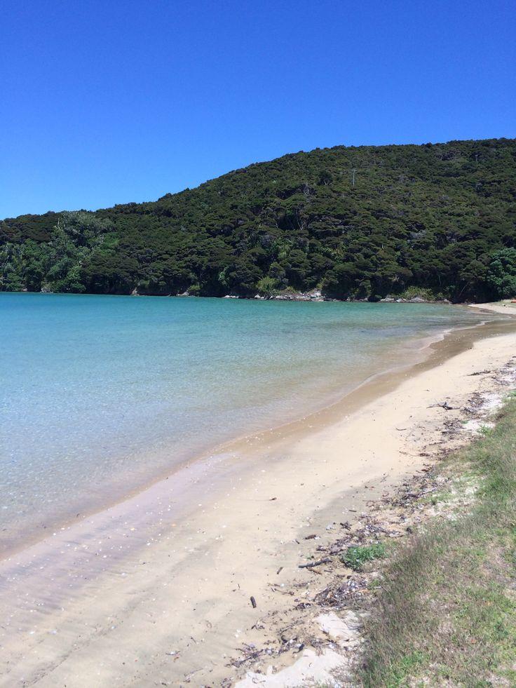 Bay of Islands beach stop