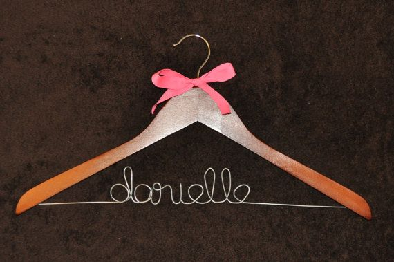 Giveaway for a LoulouRoo Creates free personalized hanger (shipping included) on the blog www.thecardswedrew.com!!