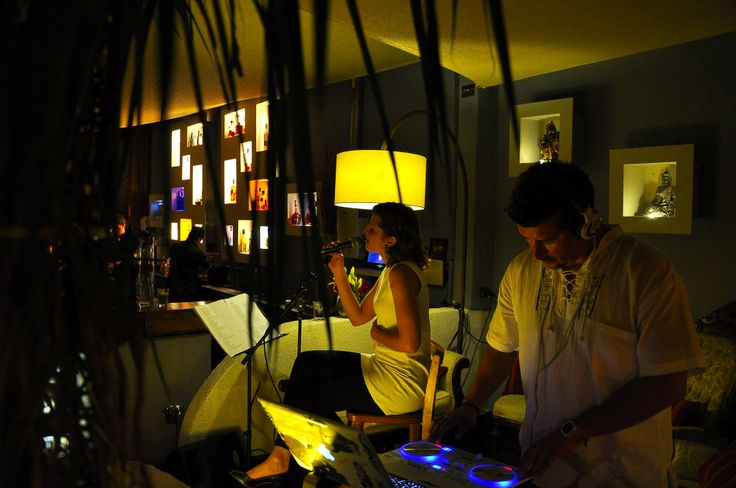 Vietnam Discovery Restaurante, Annette & Dj C3Lo, live set