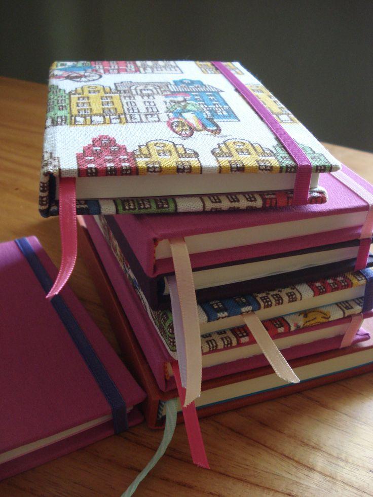 Cuadernos artesanales tapa dura, pedidos a https://www.facebook.com/somosyouandme