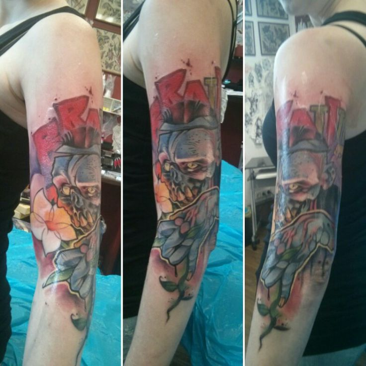 Zombietattoo (: #zombie #tattoo #tattoos #tattooart #zombies #zombietattoo #flower #brains #braiiins #unclpaul #unclpaulknows #eisenherz #magdeburg