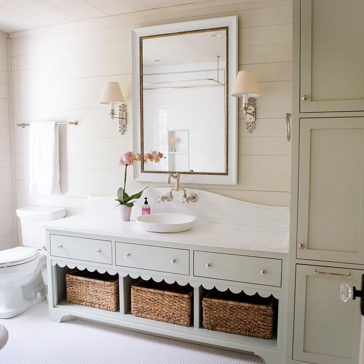 We'll never tire of this bathroom from our @southernlivingmag feature>> @ashleygilbreathinteriordesign