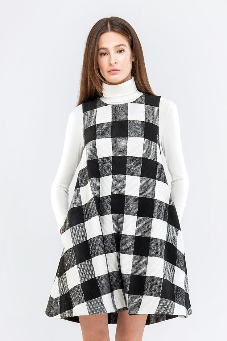 Свободный сарафан в черно-белую клетку купить в Украине, цена в каталоге интернет-магазина брендовой одежды Musthave