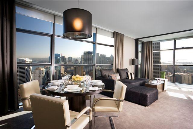 ✔ Giá từ: 4,390,000 VNĐ __________  ★ Số sao: 5 _____________________  ☚ Vị trí: Kent Street, Sydney _______  ❖ Tên khách sạn: Fraser Suites Sydney ________________________  ∞ Link khách sạn: http://www.ivivu.com/vi/hotels/fraser-suites-sydney-W44166/  ∞ Danh sách khách sạn ở Sydney: http://www.ivivu.com/vi/hotels/chau-dai-duong/uc/sydney/all/1/
