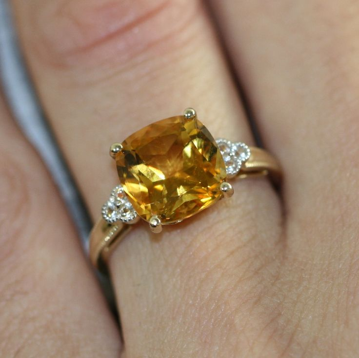 Superb Cushion Cut Solitaire Citrine Ring in Yellow Gold Citrine Engagement Ring November Birthstone Ring Gemstone Band Size Resizable