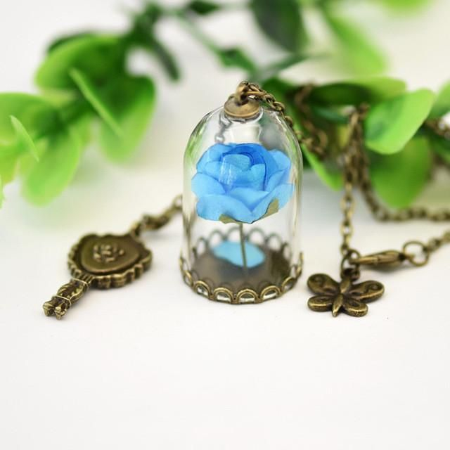 2017 New Movie Beauty and the beast Rose Necklace Key Ring Pendant Action Figures Toys Princes Torque Princess Belle Jewelry
