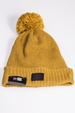 New Era - Waffle Bobble- Mustard | You know you can always rely on New Era for awesome accessories and the new range of bobble hats now available @ Urban Celebrity are no exception! Check the out NOW!