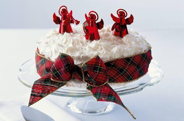 Mary Berry's Christmas cake recipe - goodtoknow