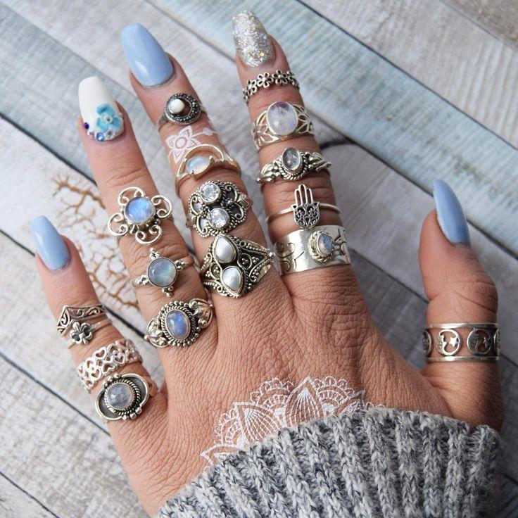 Liana Milky Rainbow Moonstone Silver Ring